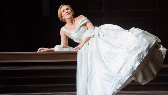 Das Wunder der Heliane Deutsche Oper Berlin Premiere Sara Jakubiak